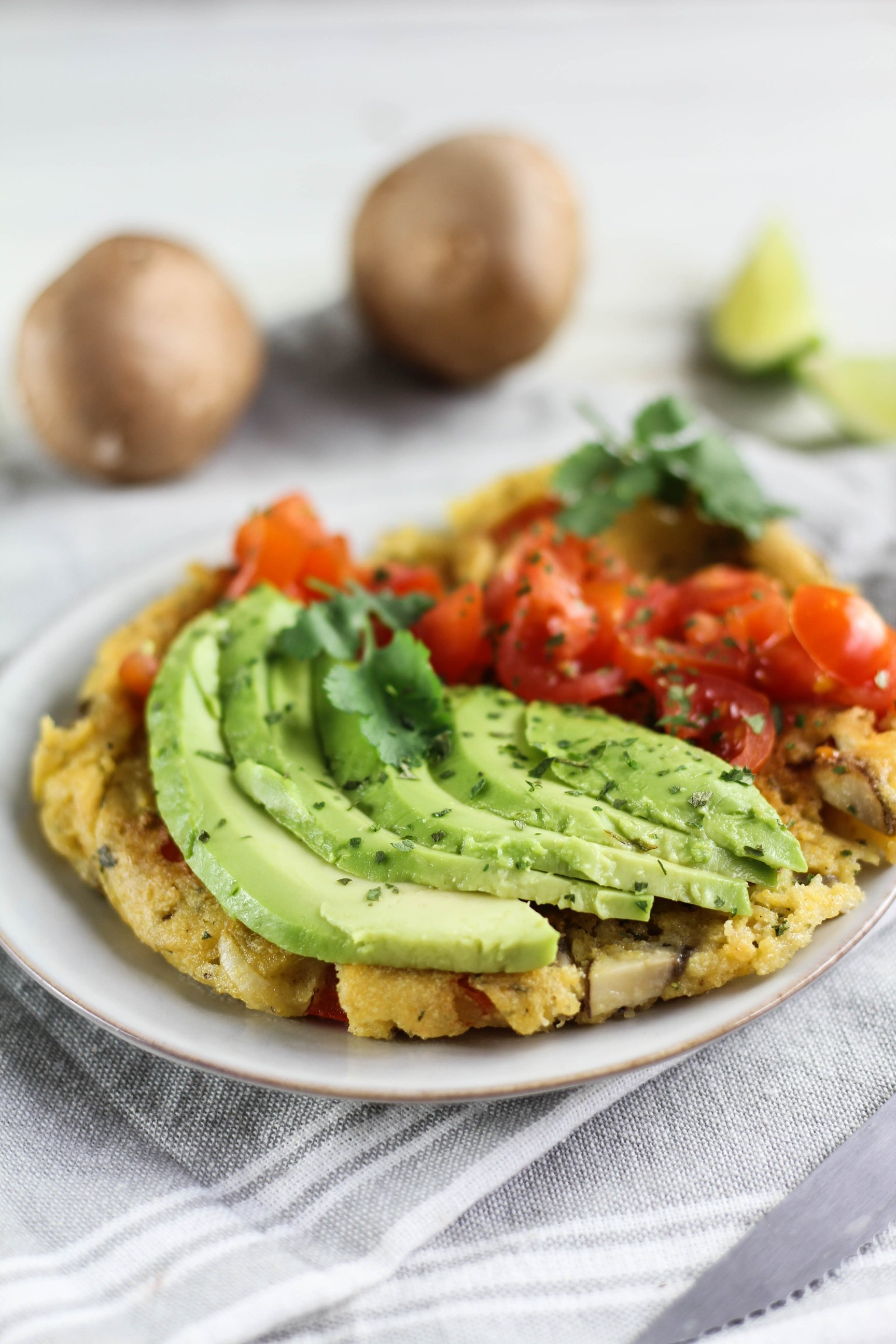 veganes omelette mit Avocadocreme by somegreenlife