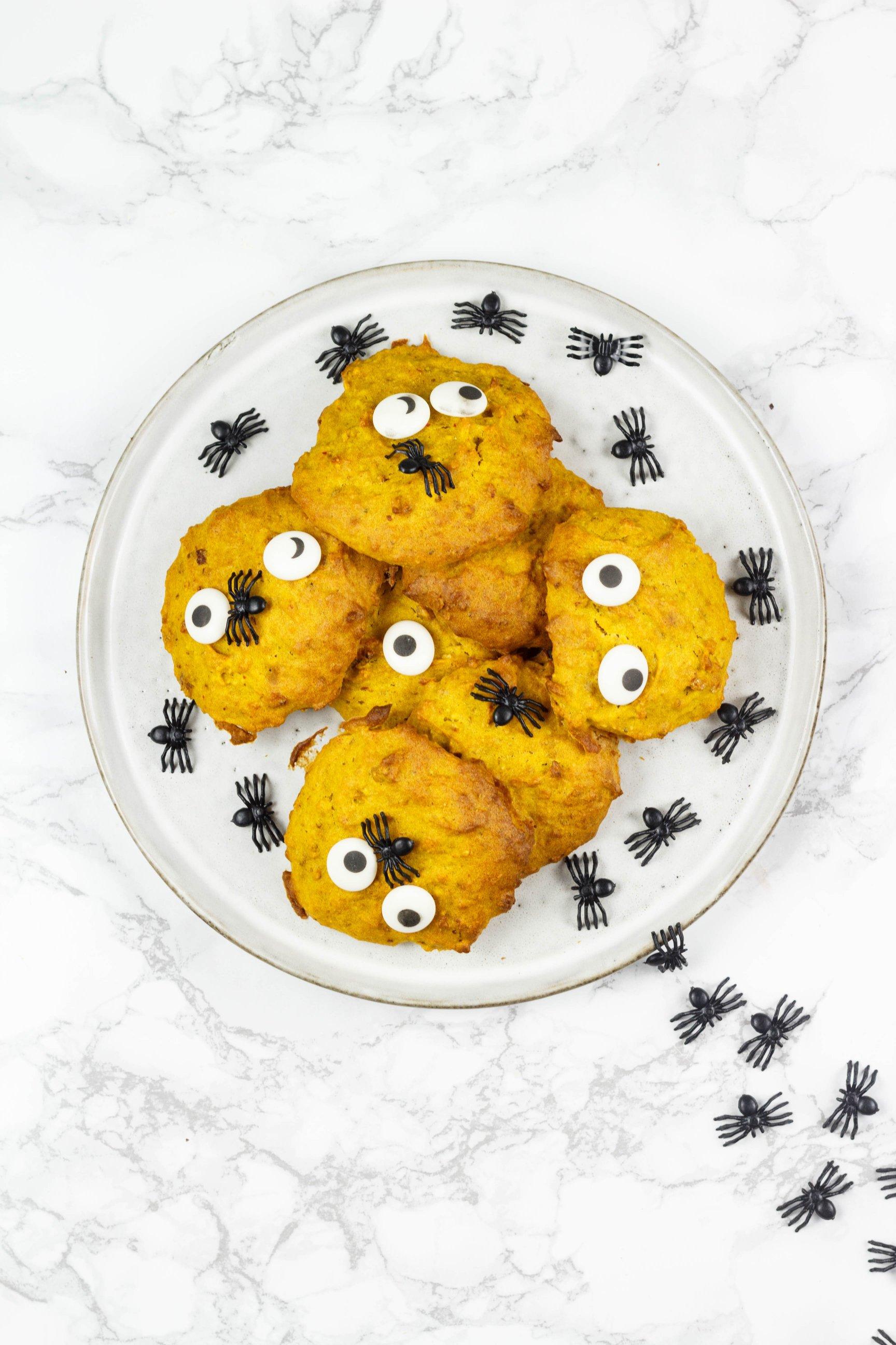 Zuckerfreie vegane Kürbiskekse mit Haferflocken und Mandeln