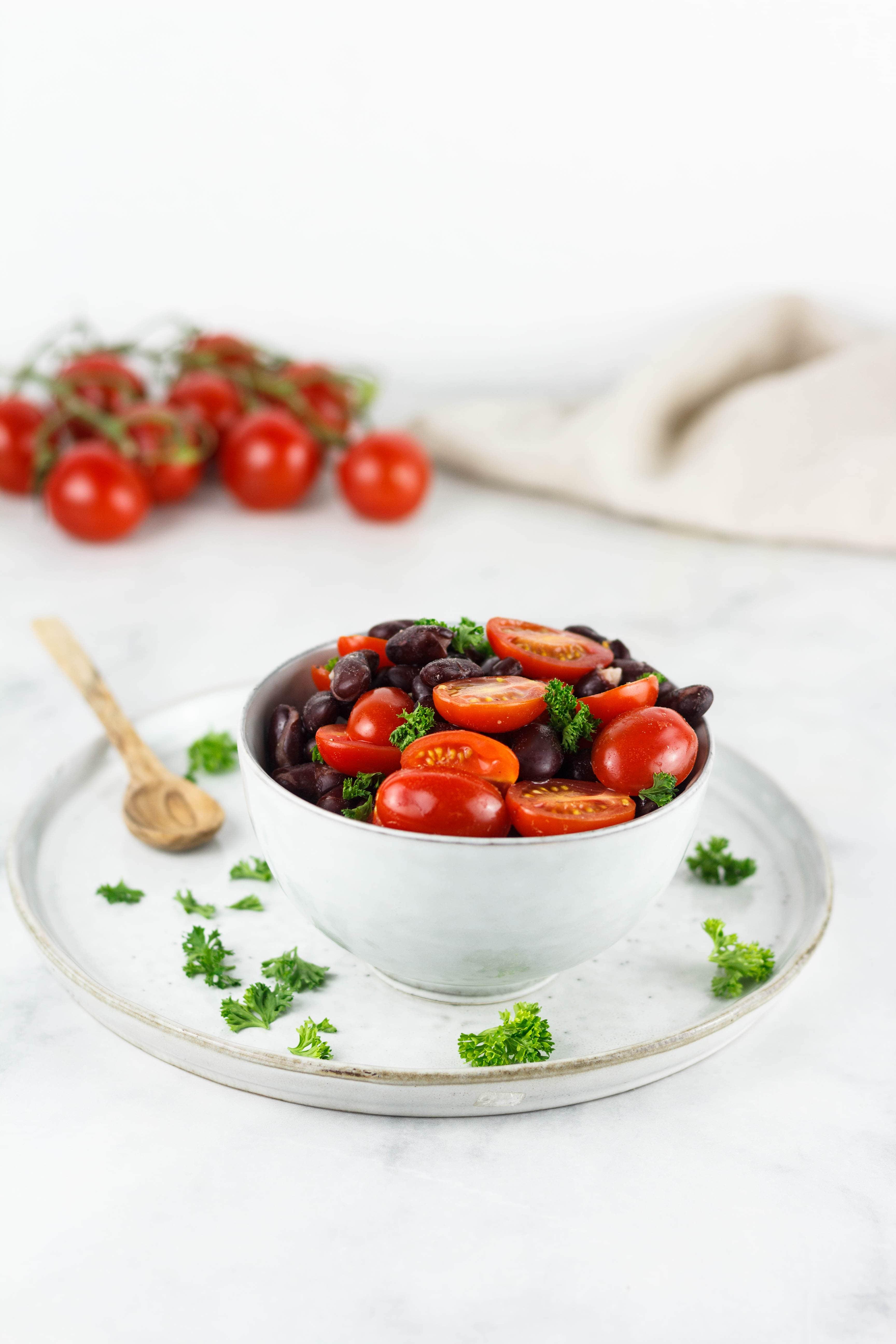 Schneller Tomaten Kidneybohnen Salat