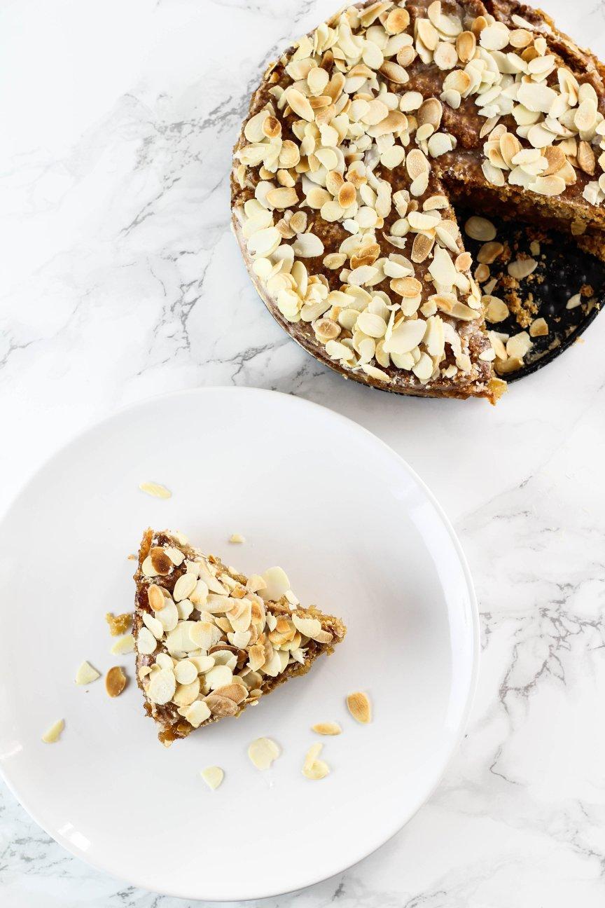 veganer-gedeckter-apfelkuchen