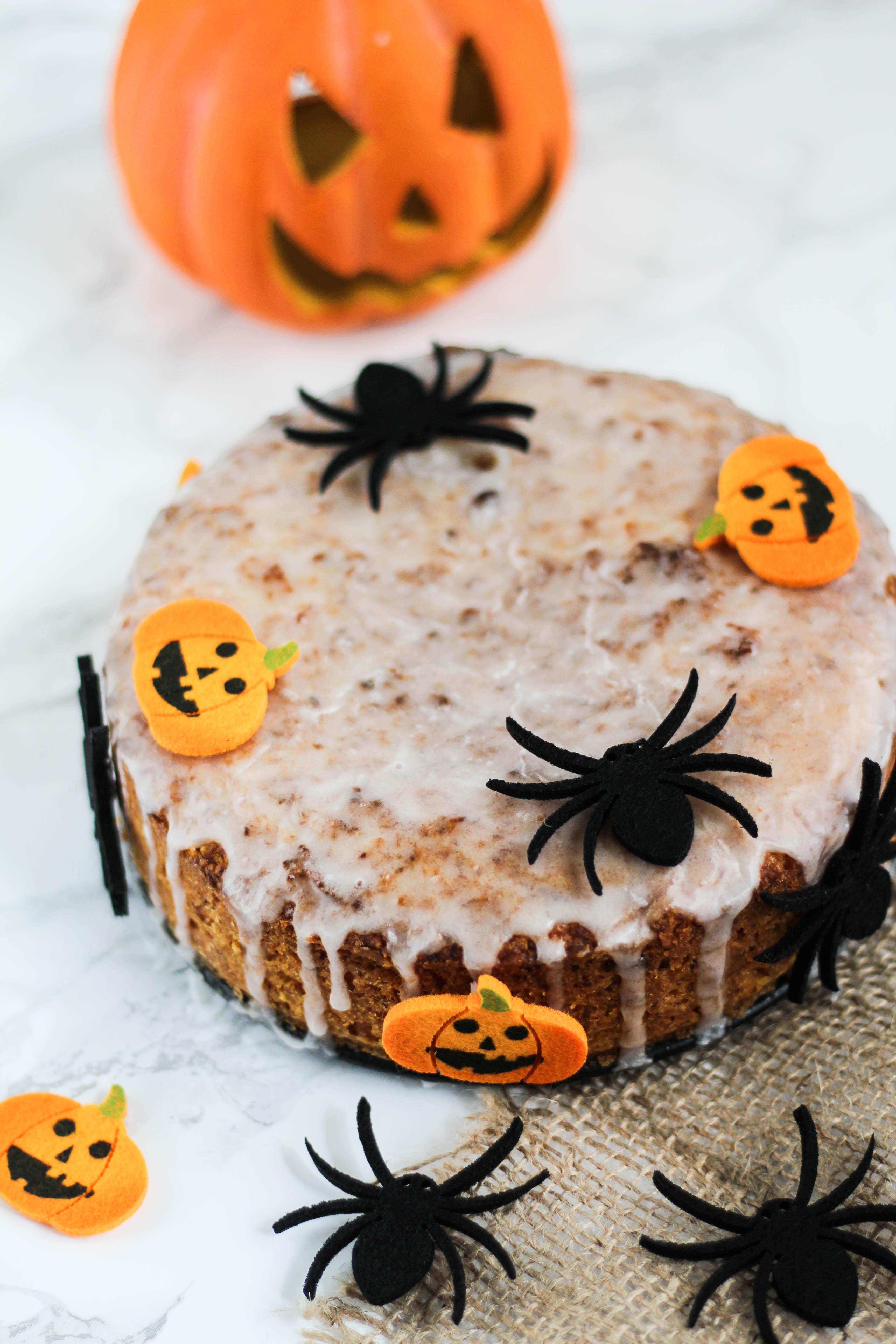 veganer-halloween-kuerbiskuchen
