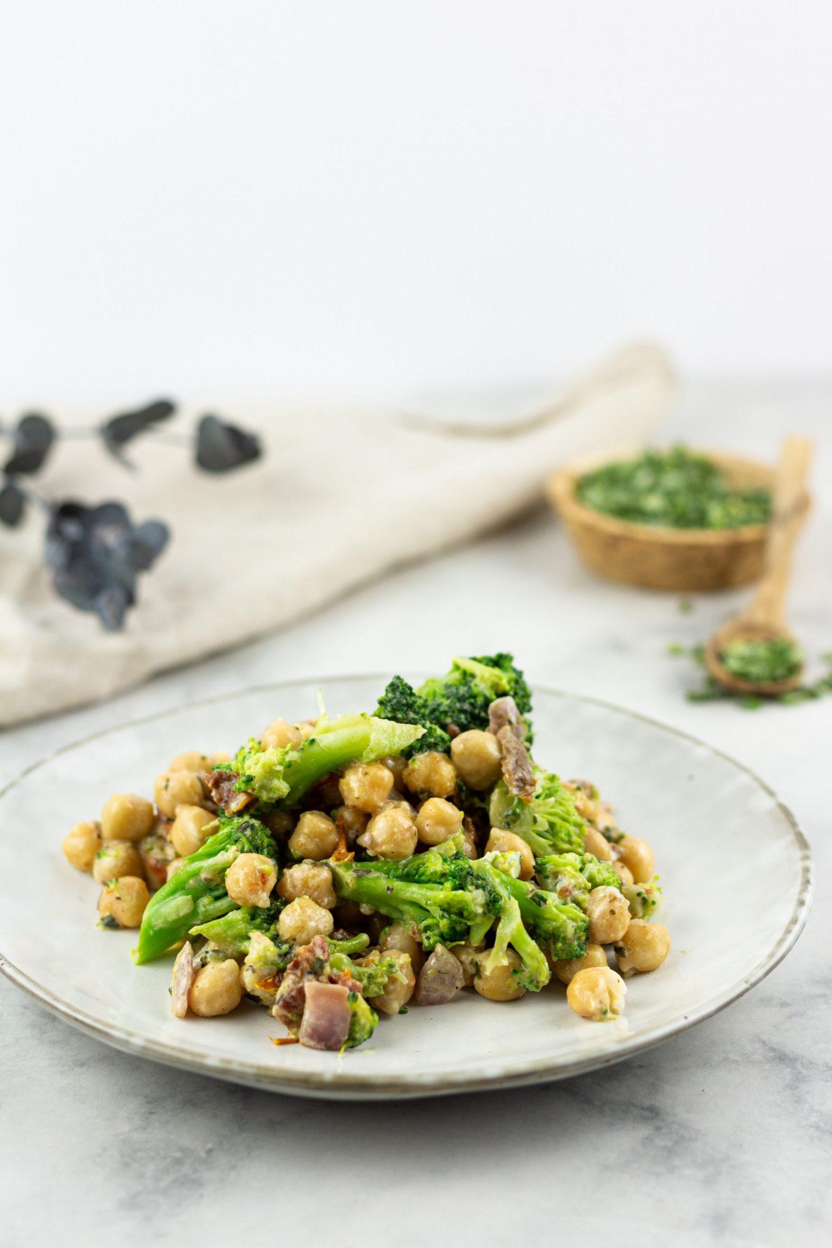 Vegane Kichererbsen Brokkoli Pfanne Rezept